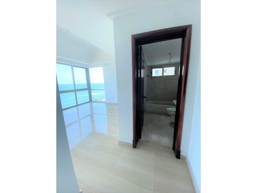 vendo amplio apartamento en torre con vista al mar caribe