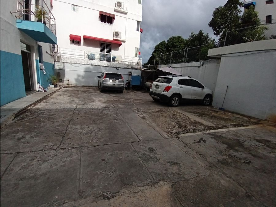 vendo edificio comercial sector la julia santo domingo d n