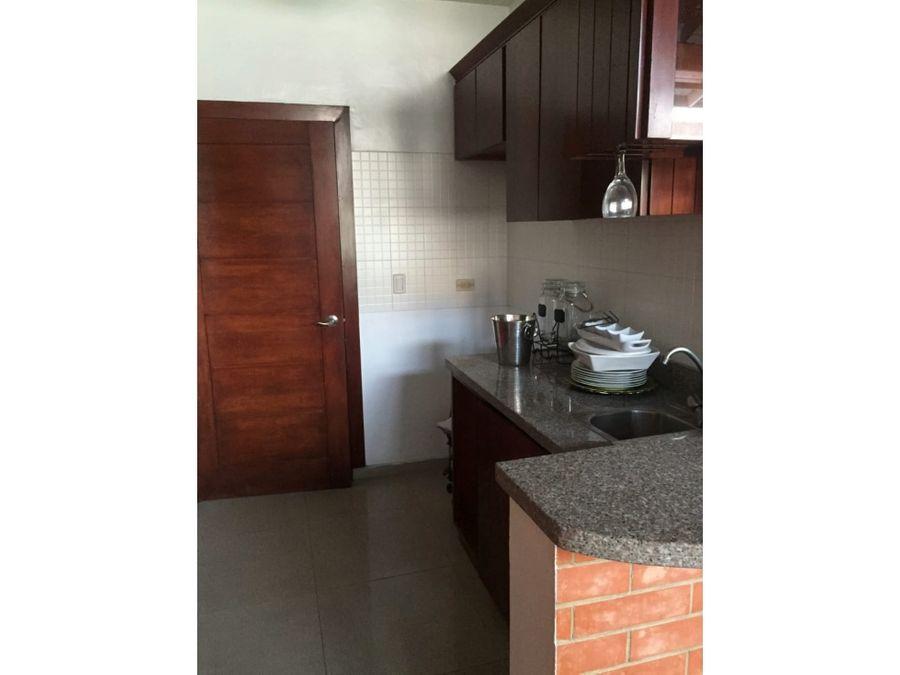 venta de amplio penthouse 256mts2 urbanizacion fernandez