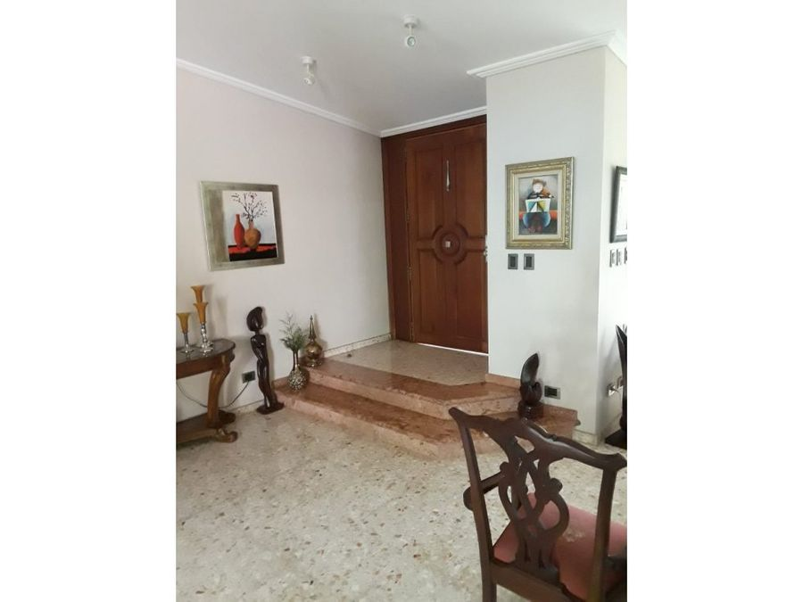 vendo hermosa casa arroyo hondo viejo santo domingo d n