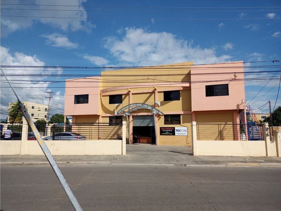 alquiler local nave comercial 750 mts2 doble santiago r d