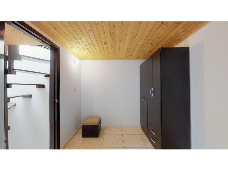 casa en venta en pinos de lombardia suba