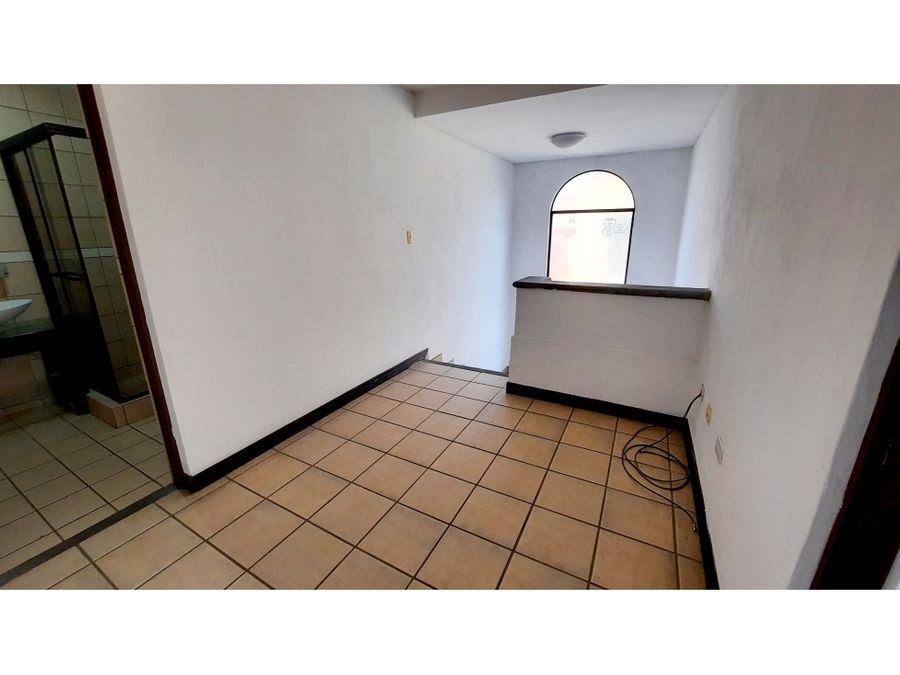 1396 sa z casa de 3hab en pequeno condominio en pozos santa ana