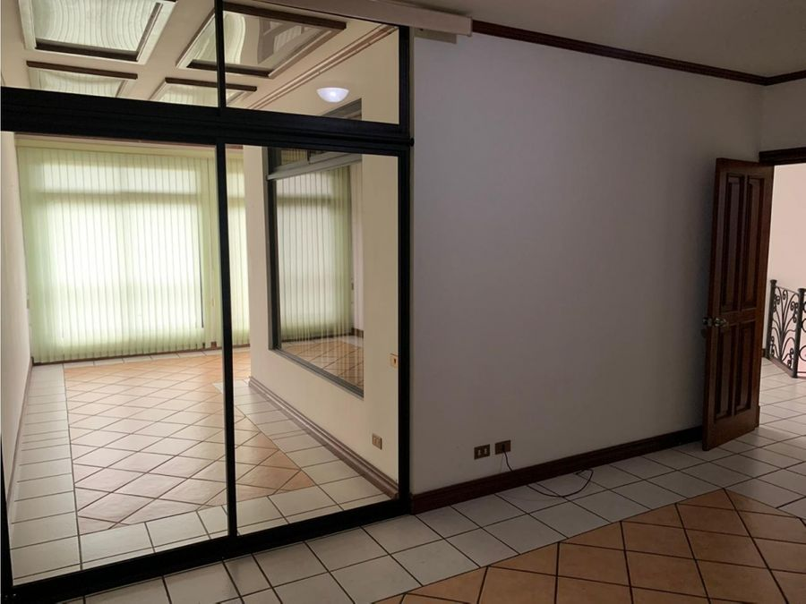 1265 e sr alquiler de apartamento 3 habitaciones en escazu