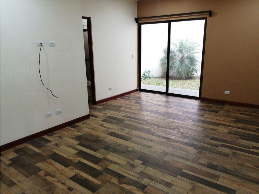 1269 sa p alquiler de casa en residencial 3 habitaciones santa ana