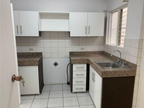 1115 r r alquiler de casa 3 habitaciones en rohrmoser