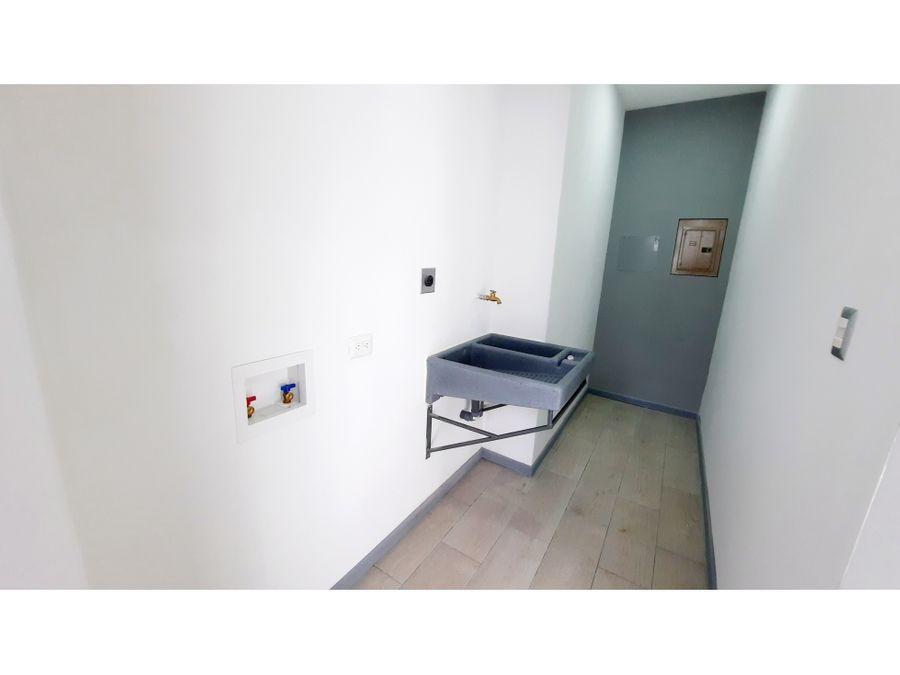 1408 sa z casa de 3hab en pequeno condominio de santa ana