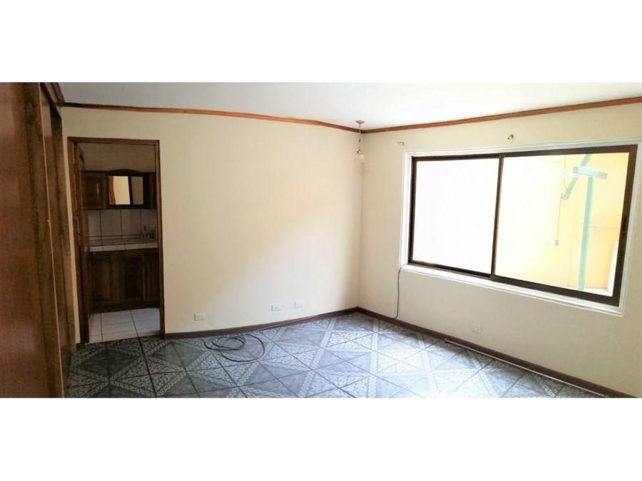1369 sa r alquiler de apartamento de 3 habitaciones en santa ana