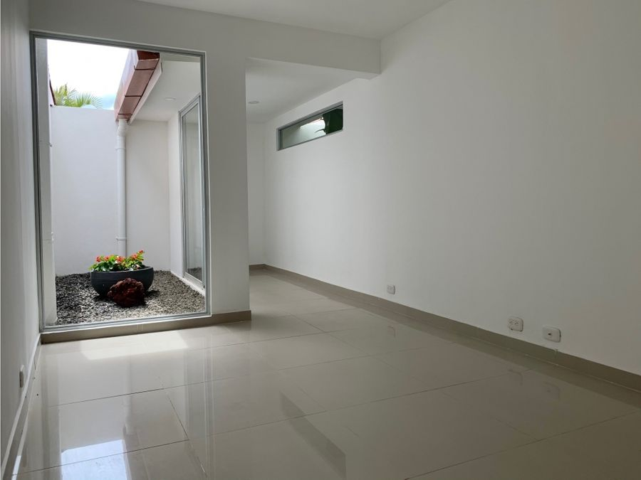alquiler apartamento nuevo 3 hab curridabat