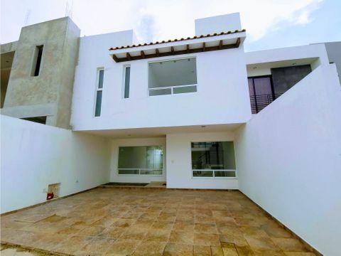 se vende casa en residencial mayorazgo