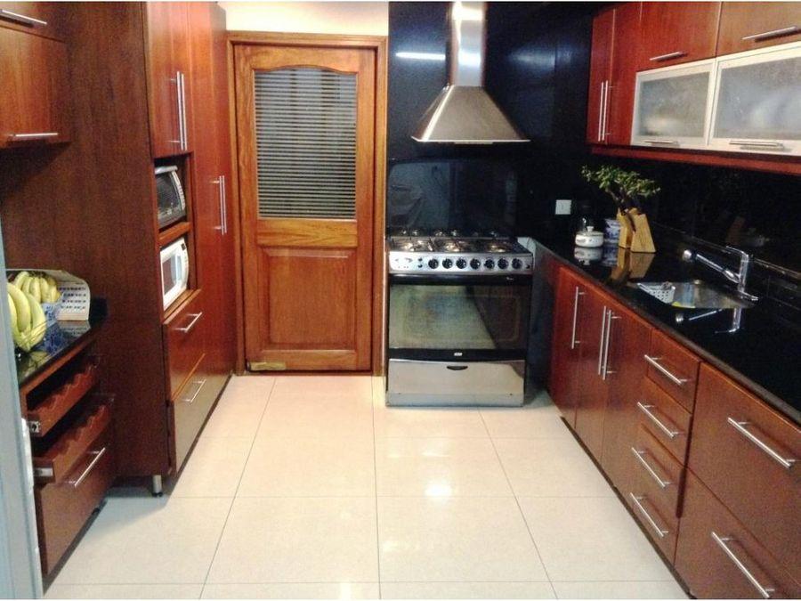 se vende apartamento en san patricio