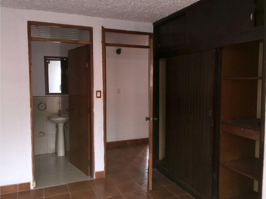 alquilo apartamento en zona 15