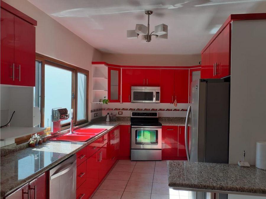 casa en venta en vista hermosa i