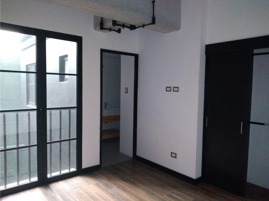 alquilo apartamento zona 14