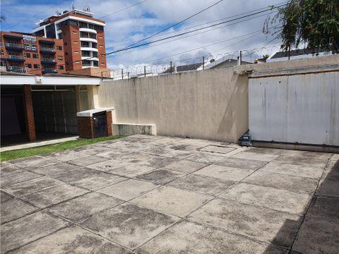 casa en renta zona 15 vista hermosa 2