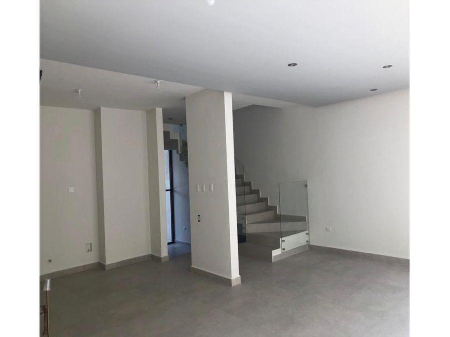venta de casa cumbres elite premier
