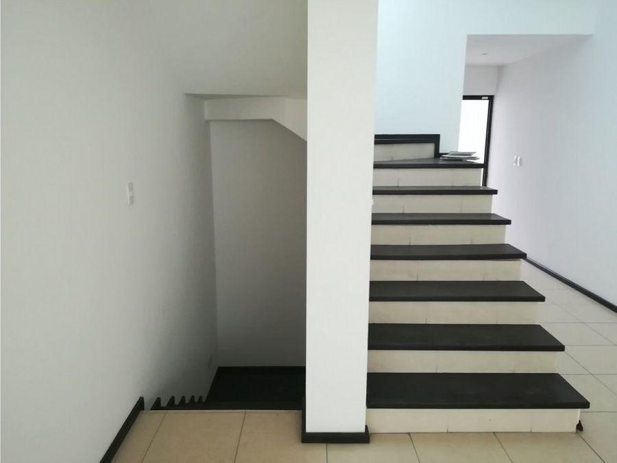 casa en venta cumbres elite 7mo sector