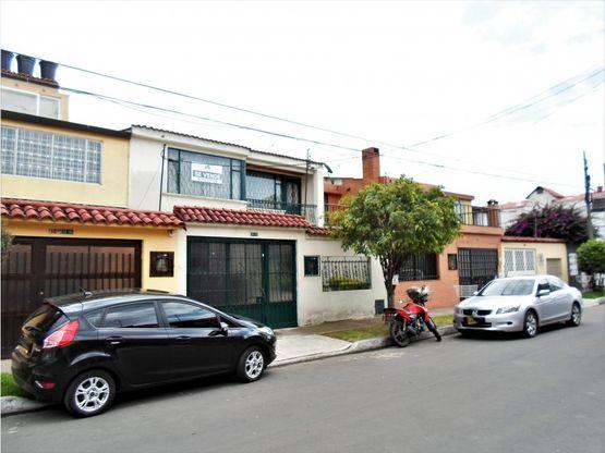 se vende casa en villa luz muy amplia