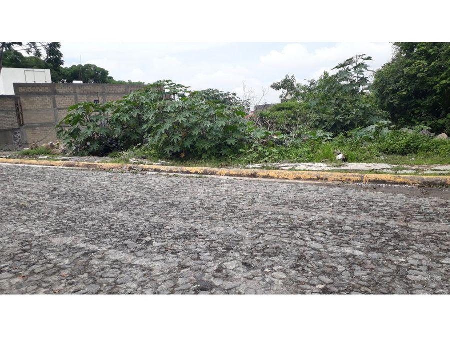terreno en venta en burgos bugambilias 876 m2
