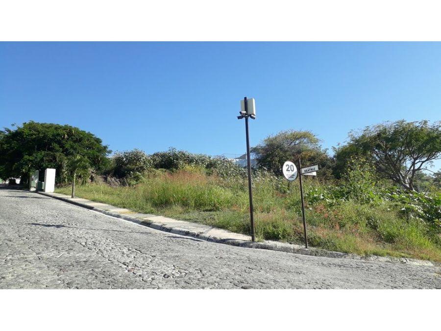 terreno en venta en burgos bugambilias 596m2 l9