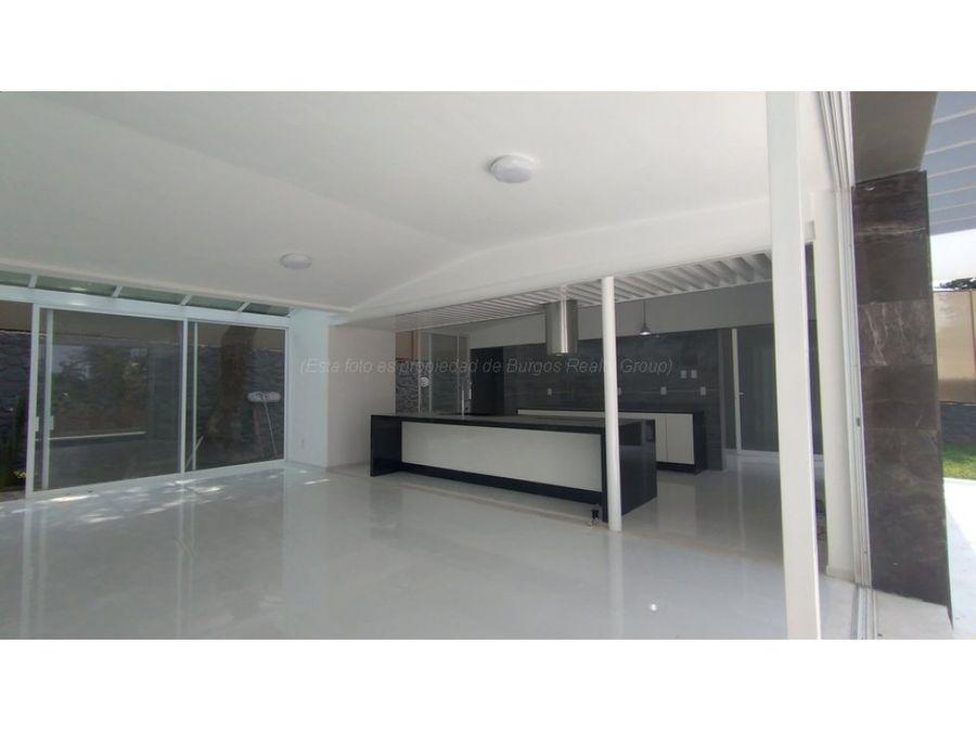 casa en venta en cuernavaca 610 m2