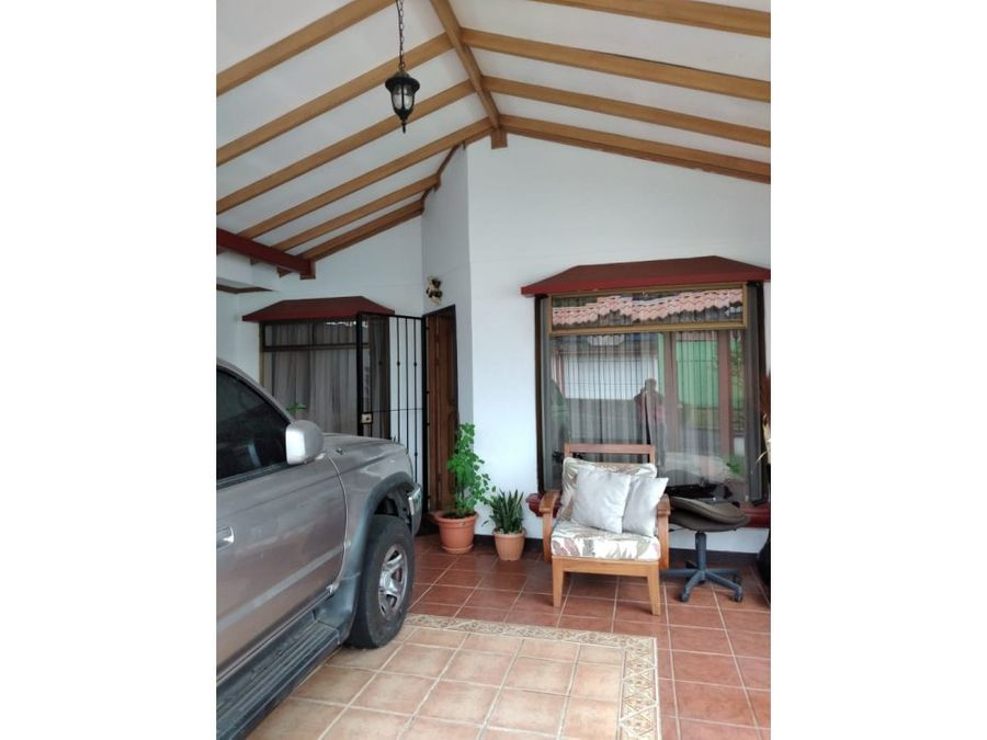 casa en excelente precio en residencial lomas de curridabat
