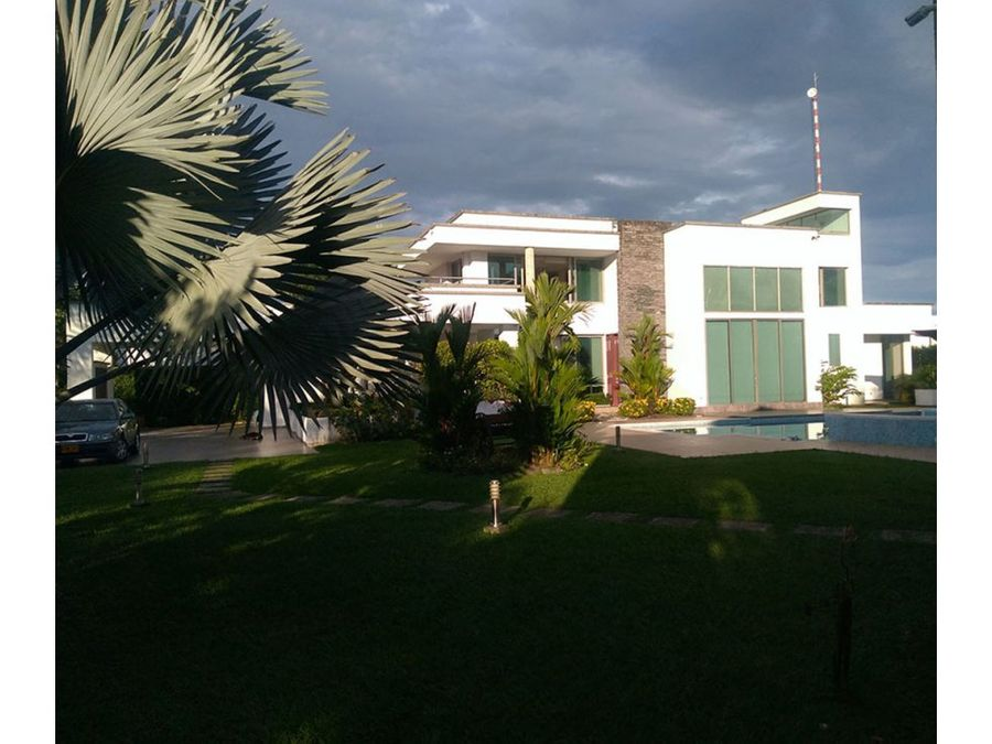 espectacular casa campestre en villavicencio