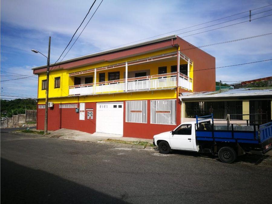 propiedad comercial pulperia y 4 apartamentos amueblados