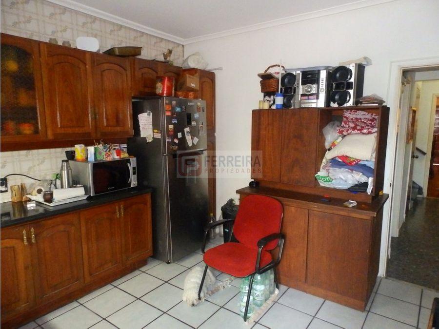 malvin 2 casas con fondo barbacoa y garaje x 3