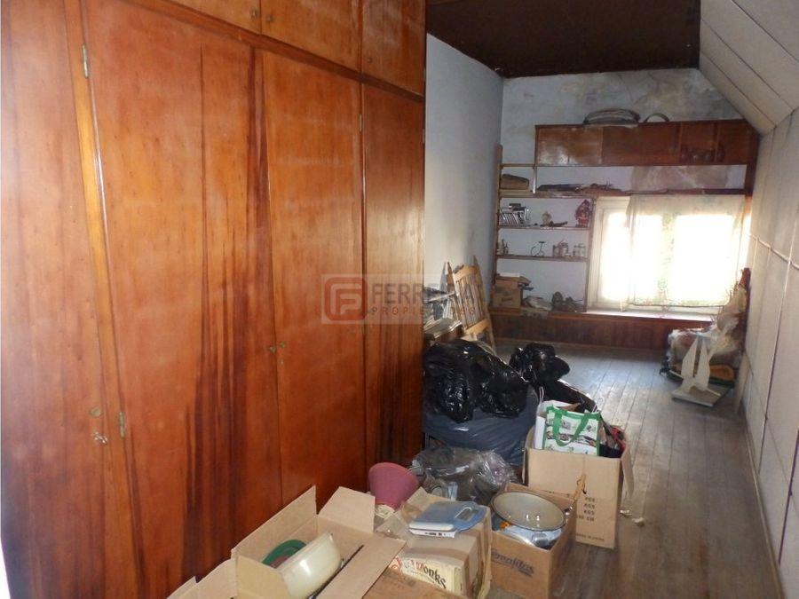 vende casa de 3 dormitorios garaje y patio