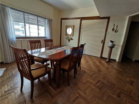 vende apartamento 3 dormitorios 2 banos y balcon