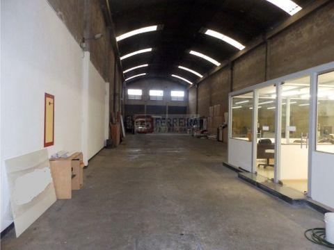 galpon y oficinas en un padron unico de 494 m2