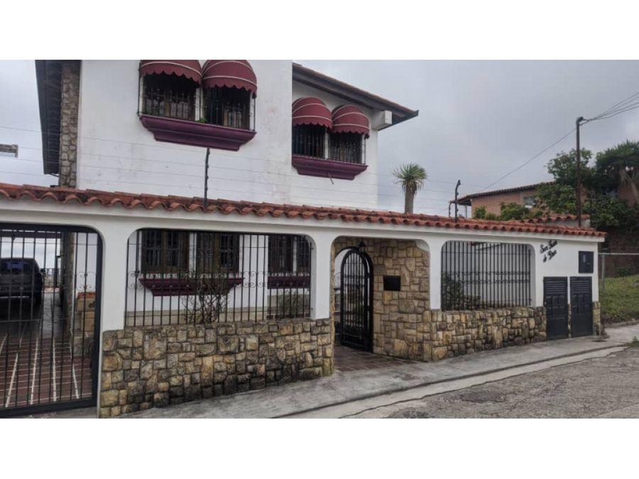 venta casa san antonio de los altos 195 mts2 c 605 mts2 t miranda