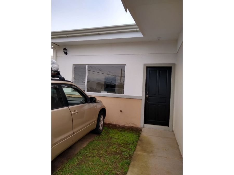 se vende casa en condominio malaga santa barbara
