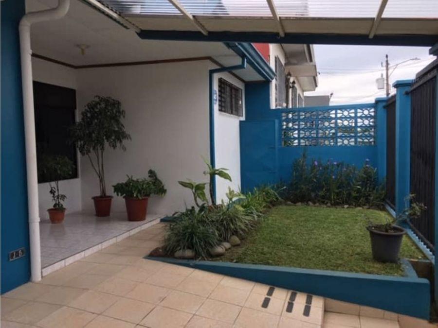 se vende linda casa en los colegios de moravia