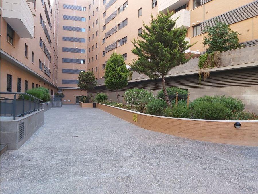 espectacular piso junto a estacion maria zambrano