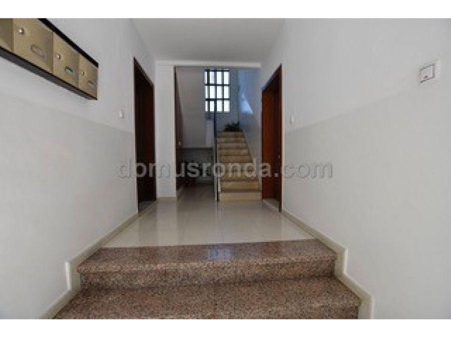coqueto piso dos dormitorios y terraza ronda