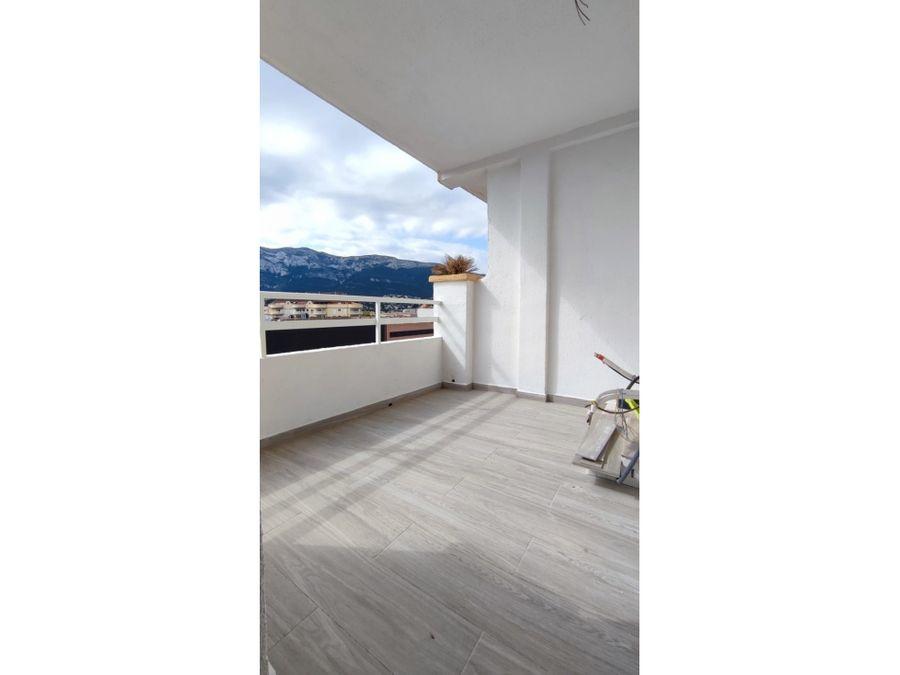 piso en venta totalmente reformado en denia en zona paris pedrera