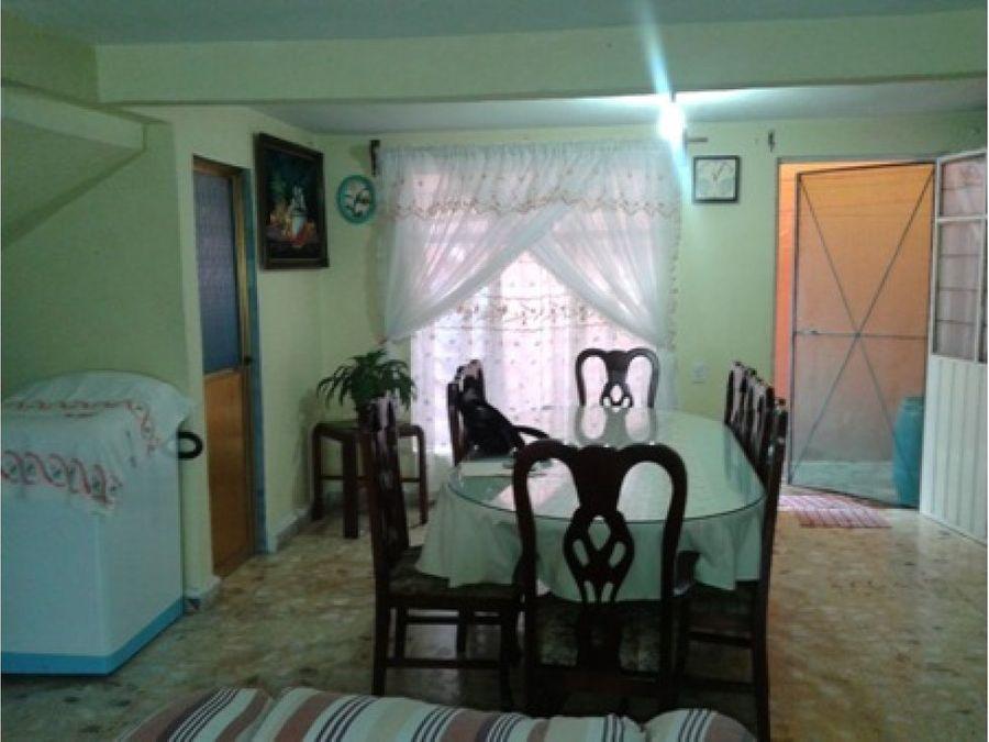 casa con espacios amplios 5 rec 2 banos col el calvario ecatepec