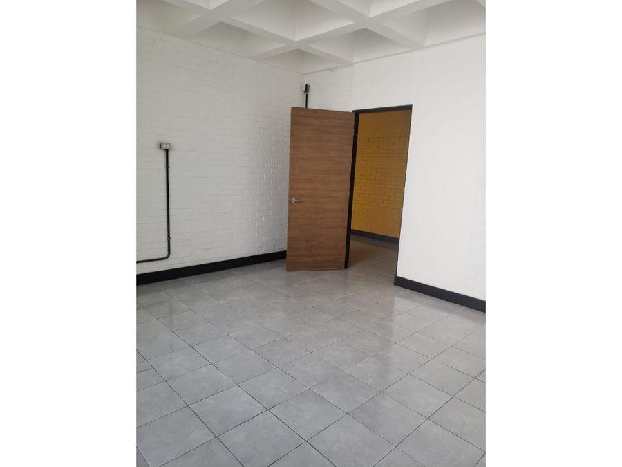 alquiler de bonita oficina en edificio obelisco zona 13
