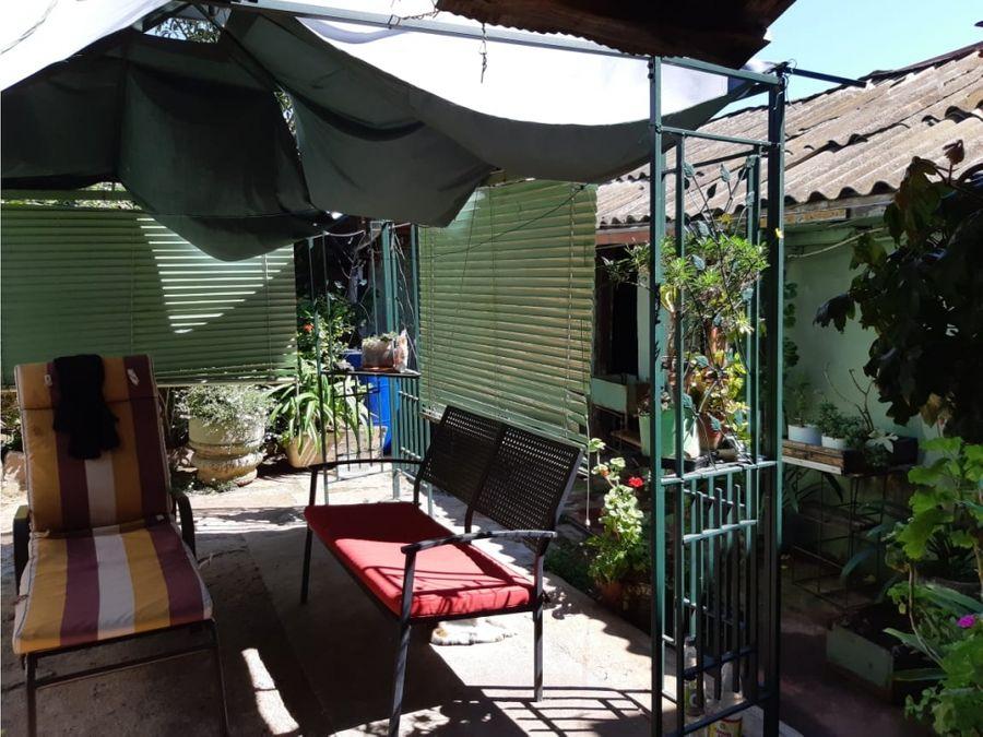 2 propiedades en calle ercilla cerro baron