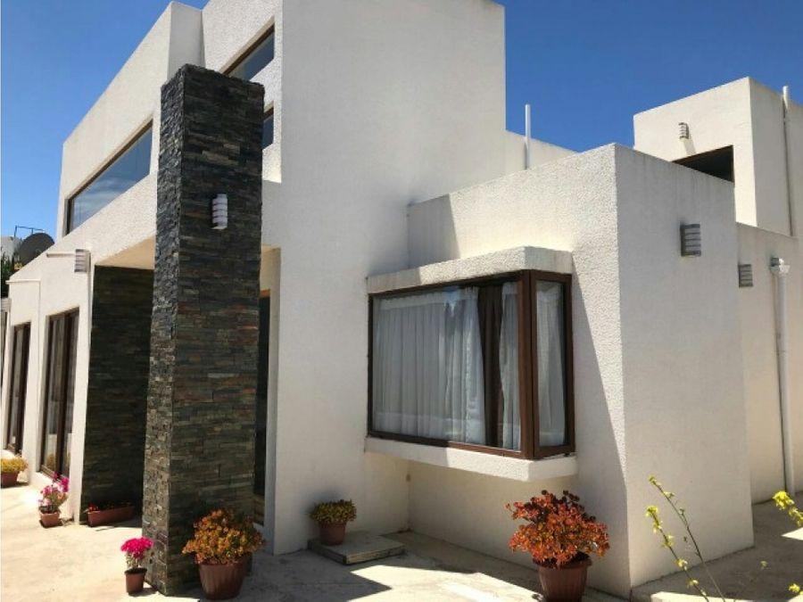 espectacular casa en venta en jardines del lago