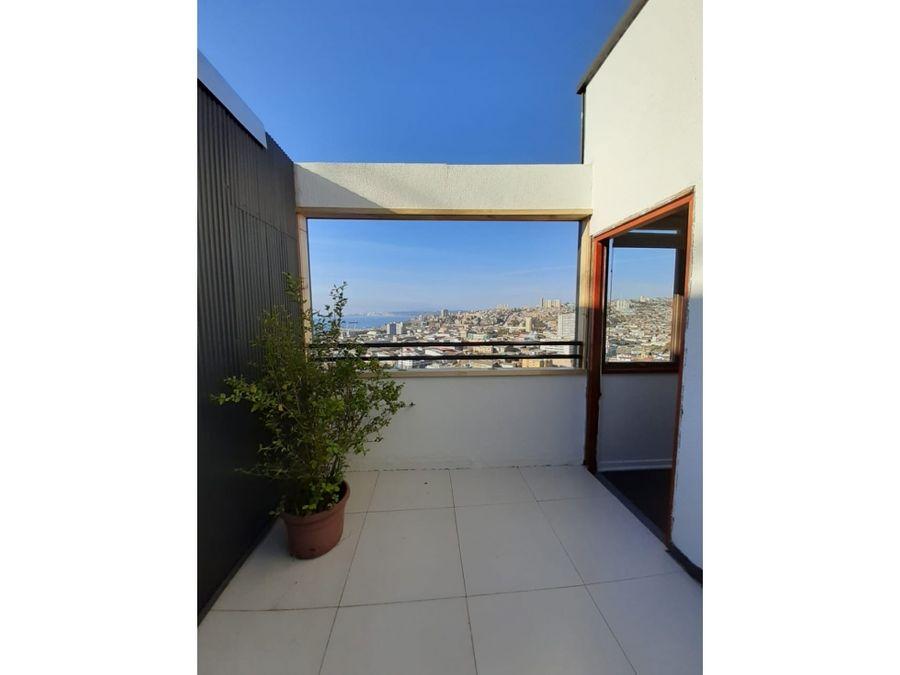 arriendo por meses amplio loft con vista al mar valparaiso