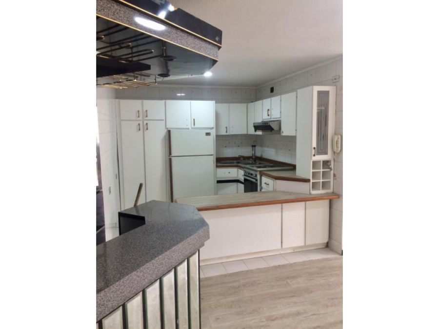 venta de apartamento ubicado en sabana grande av francisco solano