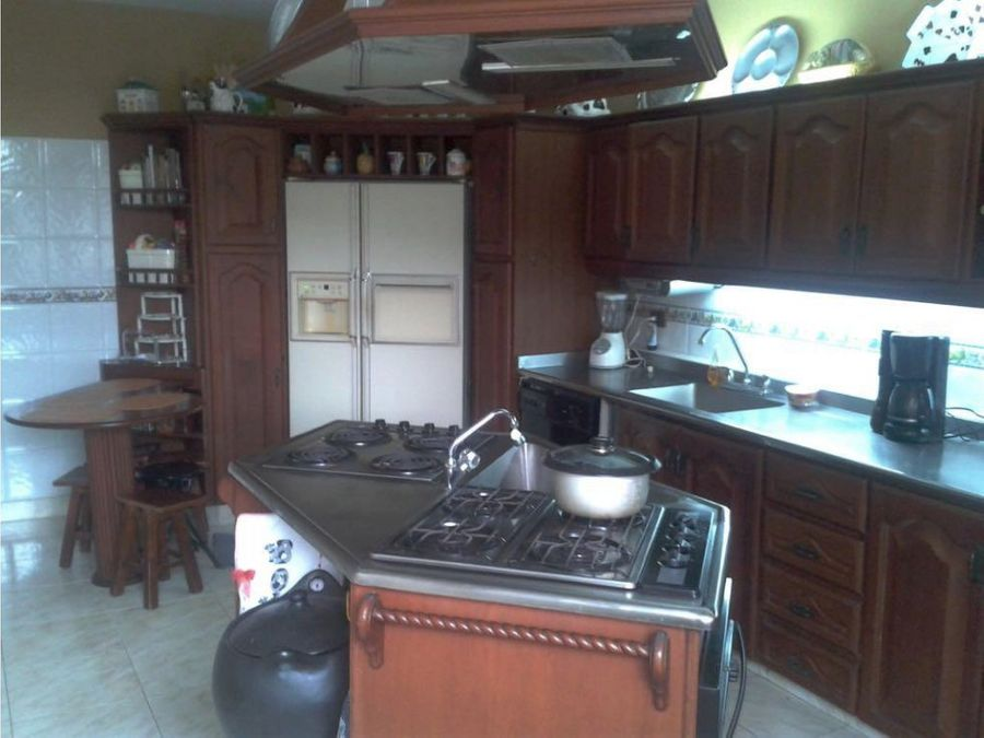 casa campestre a la venta via montenegro q