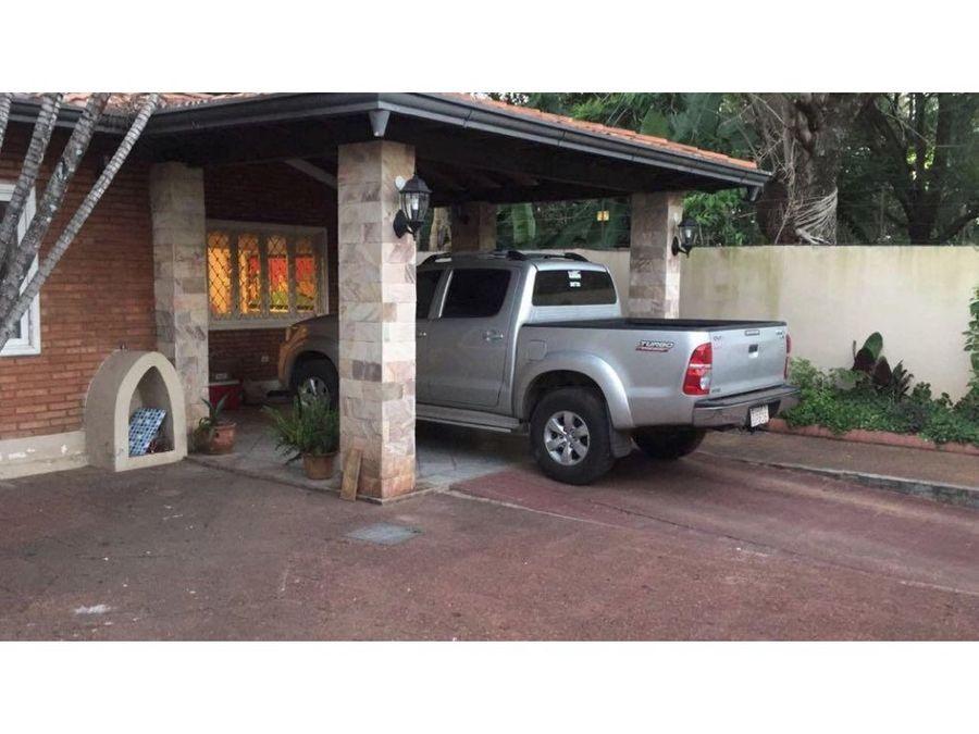 vendo casa en lambare zona campus uaa