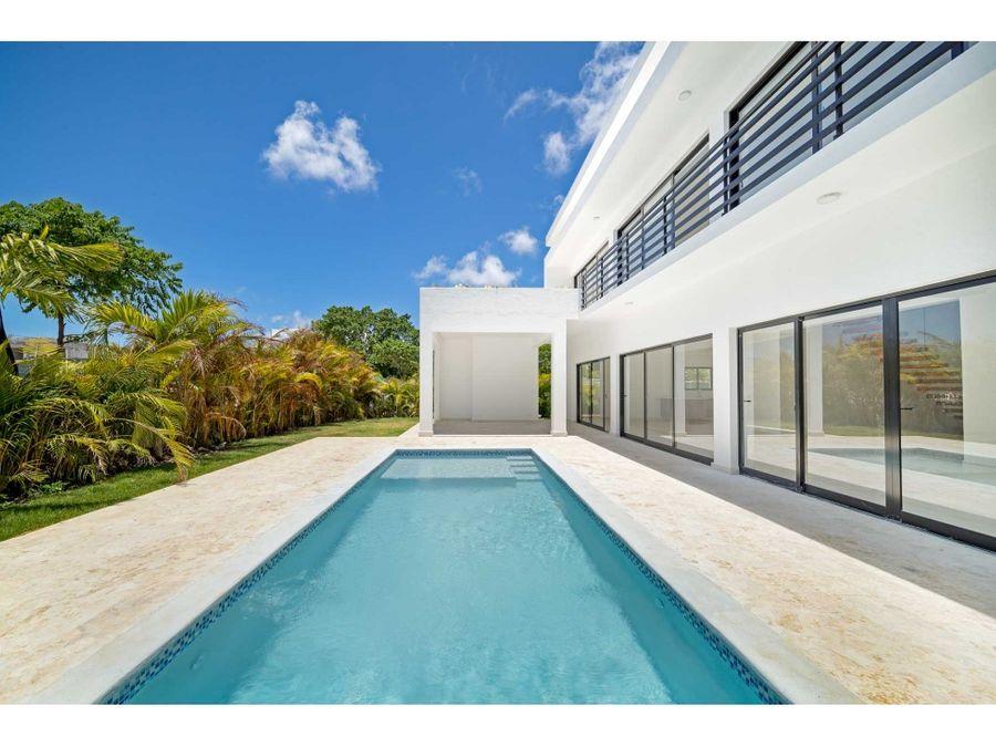 nueva villa de 4 hab con piscina privada en punta cana village
