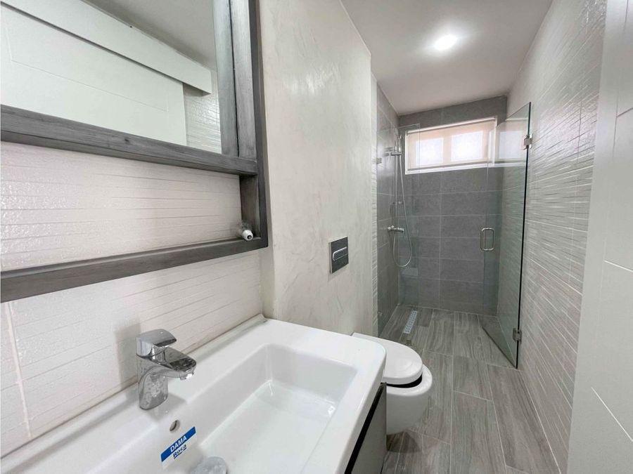 nuevo apartamento de 2 hab y 2 niveles en comunidad caribbean lake