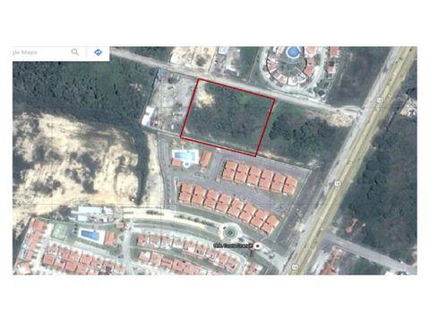 se vende terreno 10000 m2 en higuerote