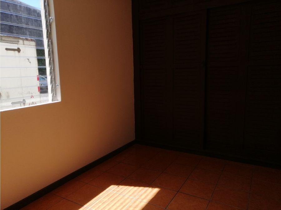 apartamento en alquiler en moravia centro piso 1 codigo 3307912